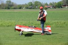 Hans mit seiner Su 31